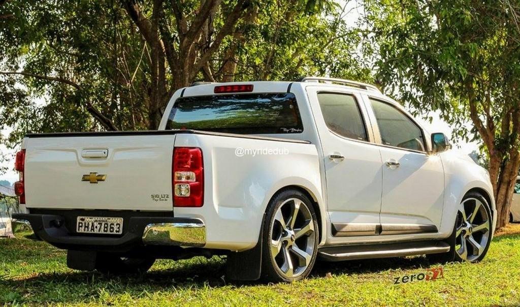 Chevrolet S10 Rebaixada com Rodas Aro 22 Presenza Pj 27